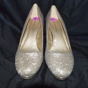 Bandolino Gold Sparkle BD7 MY ONE Heels